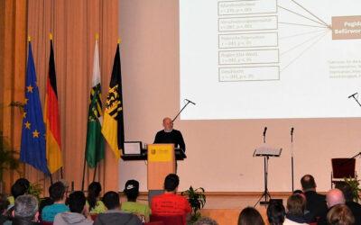 """Leipziger """"Mitte""""-Studie in Dresden vorgestellt"""