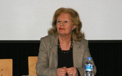 Dr. Cornelie Sonntag-Wolgast bei Bürgergespräch in Kaarst